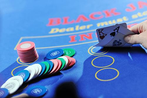 Live Blackjack netissä
