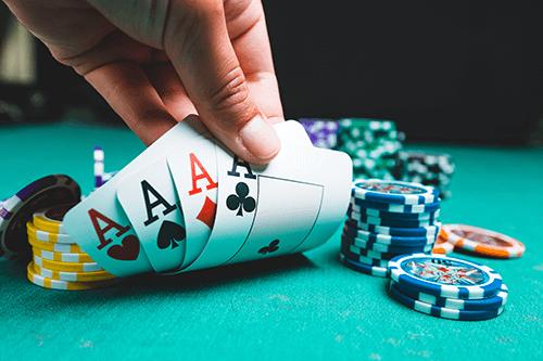 Pokeri online